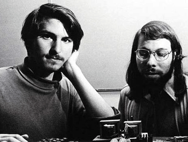 1976: Apple-Co-Founders Steve Jobs and Steve Wozniak