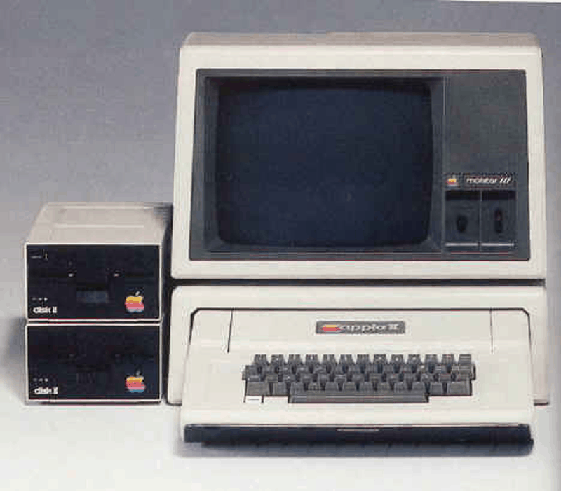 1977: Apple II