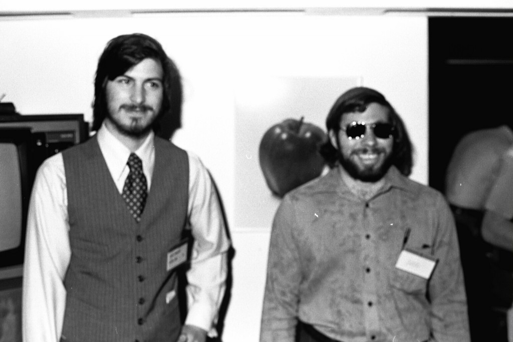 1977: Steve Jobs and Steve Wozniak