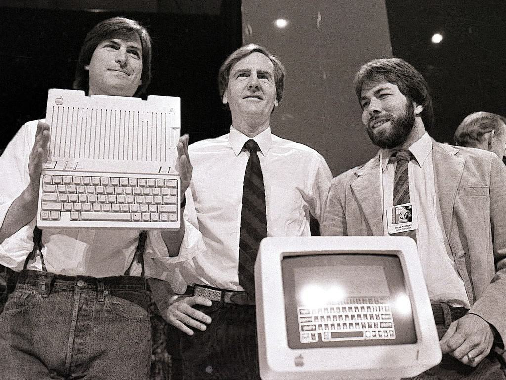 1984_apple_IIc_jobs_sculley_wozniak_