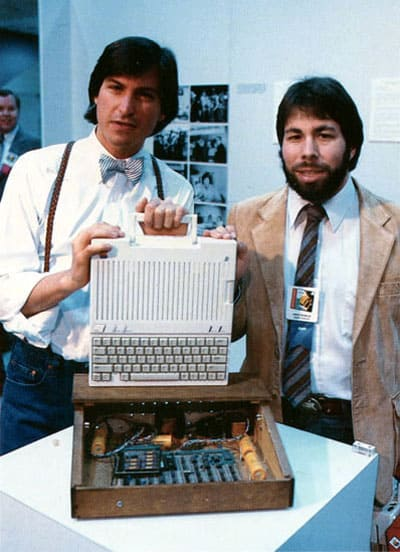 1984_apple_IIc_steve_jobs_wozniak