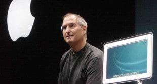 Steve Jobs presents a new iMac generation (2002)